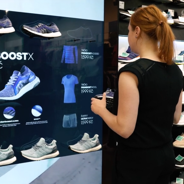 Adidas – Digital wall